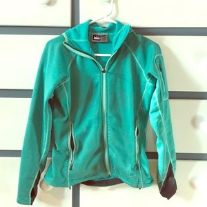 Water & wind resistant jacket
